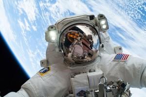 Astronaut_Mike_Hopkins_on_Dec._24_Spacewalk
