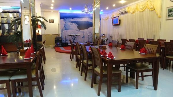 Phnom-Penh-North-Korean-Pyongyang-Restaurant-The-Really-Clean-Restaurant