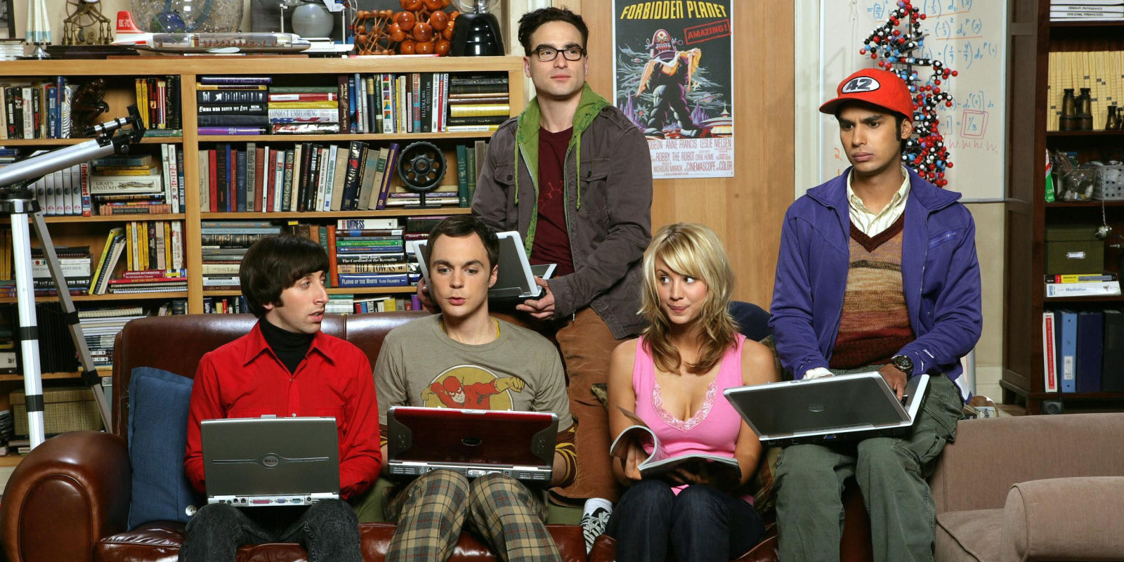 landscape-1448899447-tv-the-big-bang-theory-season-1