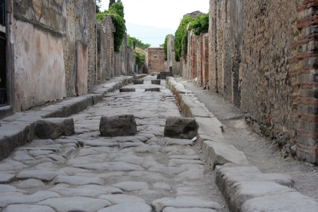 a-paved-street-of-pompeii